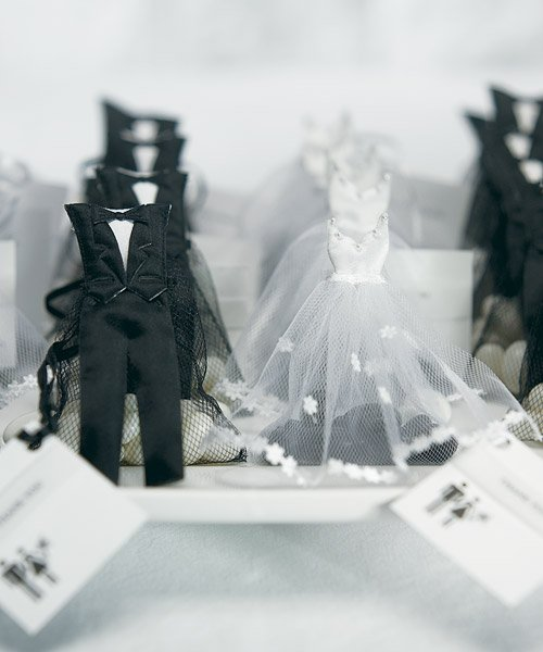 Bride%20&%20Groom%20Candy%20Favor%20Bags