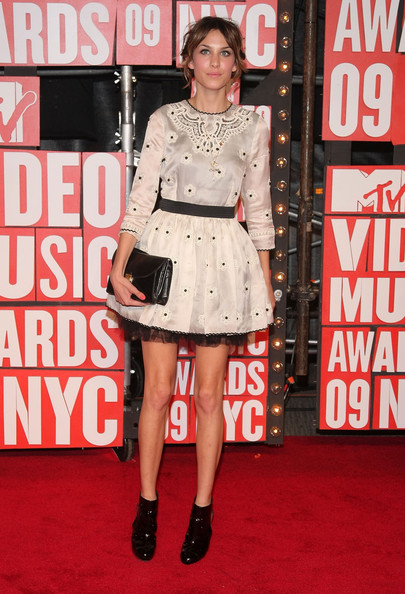 2009+MTV+Video+Music+Awards+Arrivals+mhCompQyfMrl